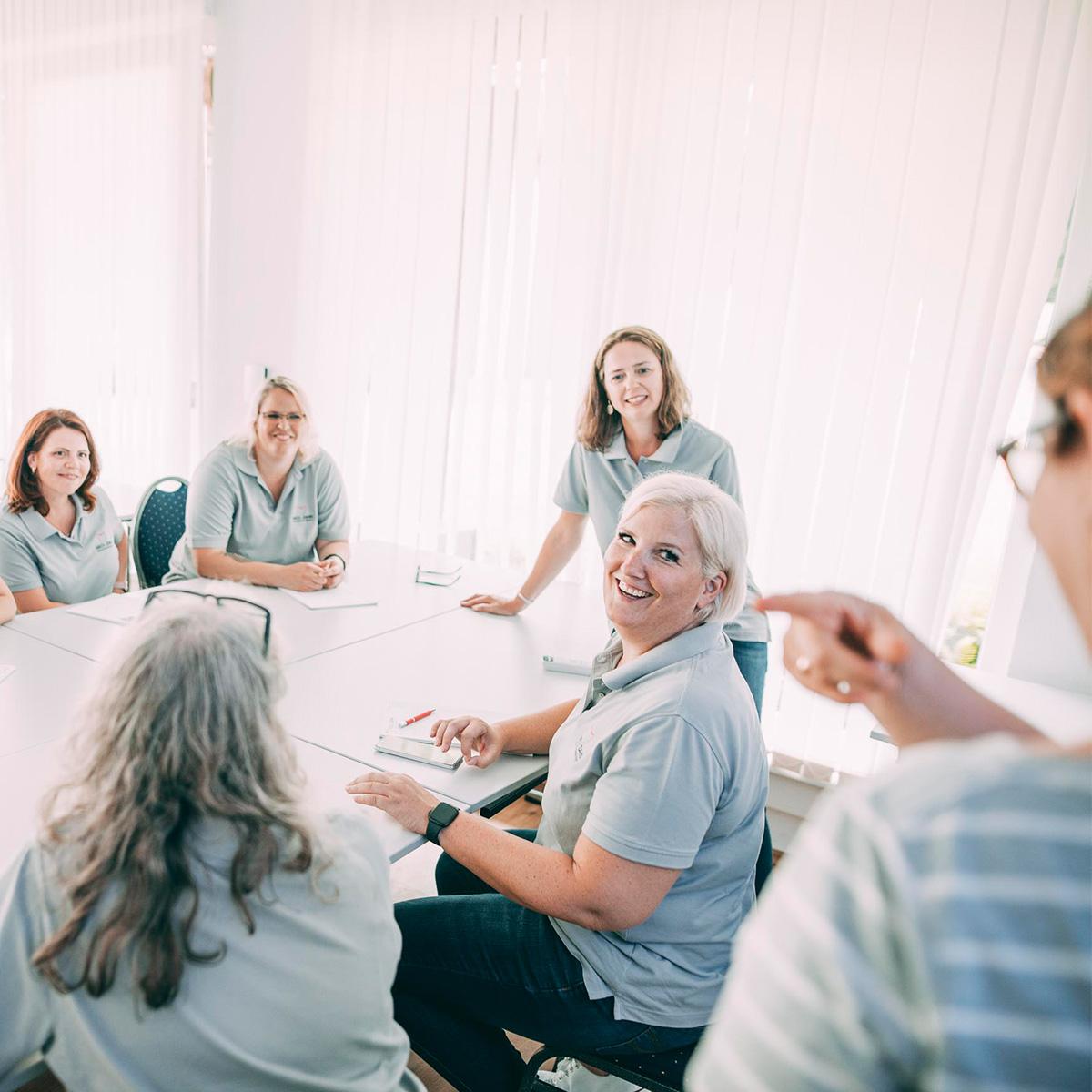 Das MeDi-Zahn-Team hat Spaß bei Abrechnung und Praxismanagement für Ihre Zahnarztpraxis